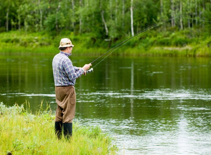 Рыбак и арендатор пруда — где чья рыба